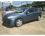 Lot: 04 - 2010 Mazda 3  - Key / Started & Drove