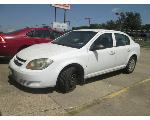 Lot: 07 - 2010 Chevy Cobalt - Key / Started & Drove