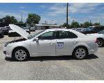 Lot: 301 - 2010 Ford Fusion - Key / Starts & Runs<BR>3FAHP0HG8AR182778