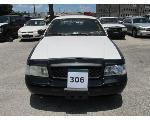 Lot: 306 - 2010 Ford Crown Victoria - Key / Starts & Runs<BR>2FABP7BV1AX135339