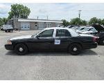 Lot: 313 - 2011 Ford Crown Victoria - Key / Starts & Runs<BR>2FABP7BVXBX182273