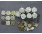 Lot: 905 - KENNEDY HALVES, PENNIES & FOREIGN COINS