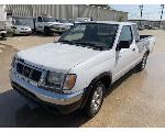 Lot: 19 - 1999 Nissan Frontier SUV