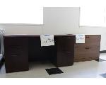Lot: 30 - Desk & File Drawers