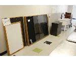 Lot: 33 - Display Case, Double Sink, Chairs