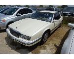 Lot: 03-61792 - 1990 Buick Riviera - Key / Runs & Drives