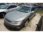 Lot: 13-63327 - 2000 Lexus ES 300