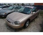 Lot: 14-63865 - 1996 Ford Taurus - Key / Runs & Drives