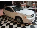 Lot: 21 - 2009 DODGE AVENGER - KEY / RUNS & DRIVES