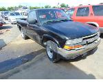 Lot: B9050326 - 2000 CHEVROLET S-10 PICKUP