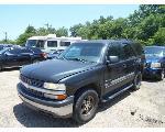 Lot: B32 - 2003 CHEVY TAHOE SUV - KEY / STARTED