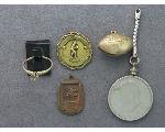 Lot: 45 - PENDANTS, KEY CHAIN & 10K RING