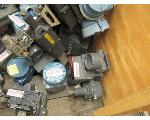 Lot: 36.SP - PETRO CHEM EQUIPMENT: GAUGES, VALVES