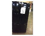 Lot: 6447 - GE Refrigerator