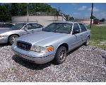 Lot: 4 - 2000 FORD CROWN VICTORIA - KEY