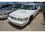Lot: 03-158300 - 2000 Ford Crown Victoria
