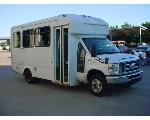 Lot: 351 - 2010 Ford E-350 Van