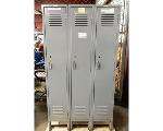 Lot: 02-22681 - (3) Attached Locker