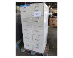 Lot: 59-100 - (2) Hon Filing Cabinets