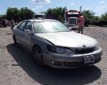 Lot: 3 - 2001 Lexus ES300