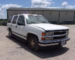 Lot: 10 - 1999  Chevy Tahoe SUV - KEY / RUNS & DRIVES