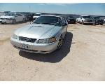 Lot: 3 - 2000 Ford Mustang - KEY / STARTED