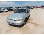 Lot: 10 - 1999 Chevrolet Prizm - KEY / STARTED