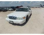 Lot: 11 - 1999 Ford Crown Victoria - KEY / STARTED
