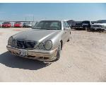 Lot: 30 - 2001 Mercedes Benz E320