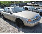 Lot: 844 - 2000 MERCURY GRAND MARQUIS