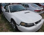 Lot: 19 - 2002 FORD MUSTANG - KEY