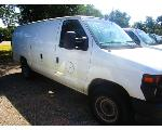 Lot: 18 - 2009 FORD E-250 VAN - KEY / STARTED