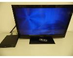 Lot: A7733 - Working Emerson 32in LCD TV & DVD Player