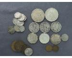 Lot: 182 - MORGAN, PEACE DOLLARS, HALVES, DIMES & FOREIGN