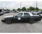Lot: 332 - 2011 Ford Crown Victoria - Key / Starts & Runs<BR>VIN #2FABP7BV9BX116362