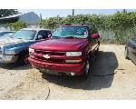 Lot: 10-65608 - 2004 Chevrolet Suburban SUV - Key / Runs & Drives