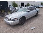 Lot: A1747 - 2000 FORD CROWN VICTORIA