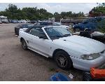 Lot: A1883 - 1998 FORD MUSTANG - KEY / STARTED