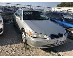 Lot: 421 - 2001 TOYOTA CAMRY - KEY / RUNS AND MOVES