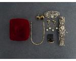 Lot: 1072 - EARRINGS, BROOCH, BRACELET & 14K EARRINGS