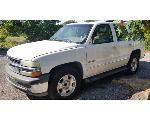 Lot: B 37 - 2002 CHEVY TAHOE SUV - KEY