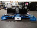 Lot: 31 - (2) Laptops & (8) Computer Towers