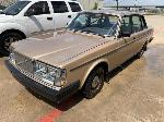 Lot: 36 - 1985 Volvo Car