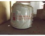 Lot: 21-FL - (2) Isuzu Air & Oil Filters
