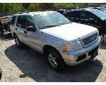 Lot: 711 - 2004 FORD EXPLORER SUV - NON-REPAIRABLE