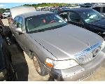 Lot: 1918357 - 2003 LINCOLN TOWN CAR
