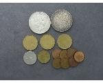 Lot: 203 - MORGAN & PEACE DOLLARS & FOREIGN COINS