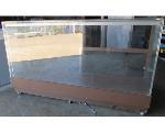 Lot: 60-066 - 6-ft Glass Display Case