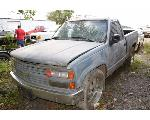 Lot: V-95 - 1990 Short Bed Chevrolet