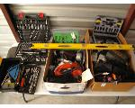 Lot: 39 - TOOLS: SCREWDRIVER SETS, PLIER, ALLEN WRENCHES, FLASHLIGHT